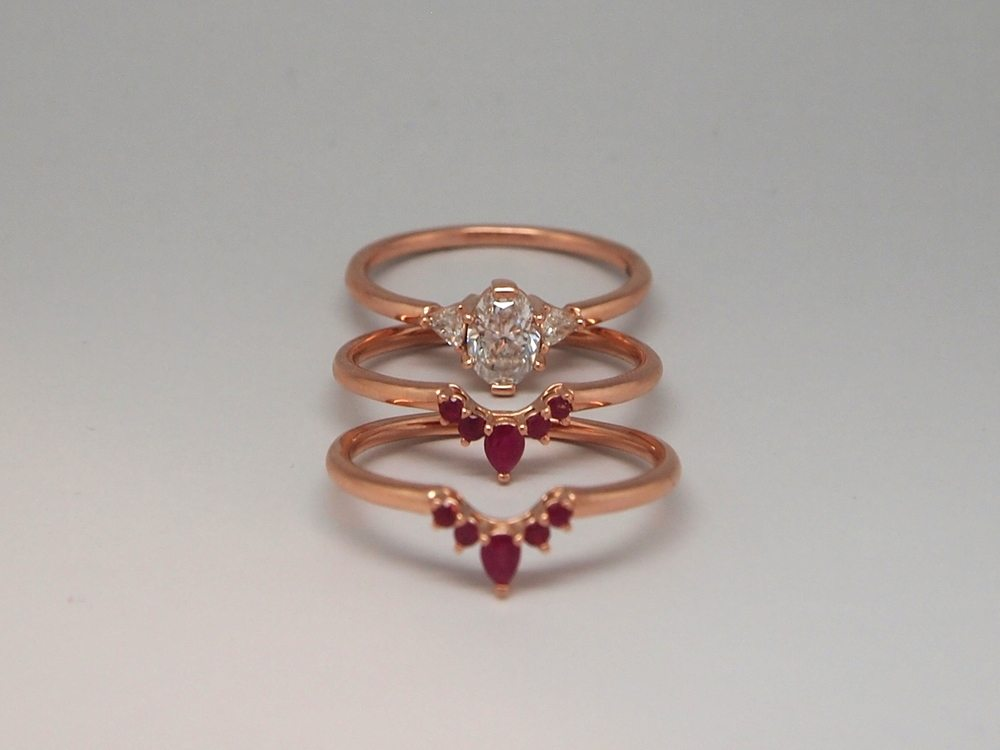 Ruby and 14kt rose gold ring guard set