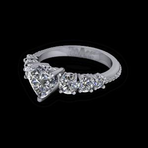 Beautiful multistone diamond ring