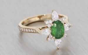 Stunning Emerald Diamond Snowflake Ballerina Ring