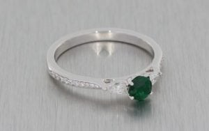 Beautiful Trilogy Emerald And Diamond Engagement Ring - Portfolio