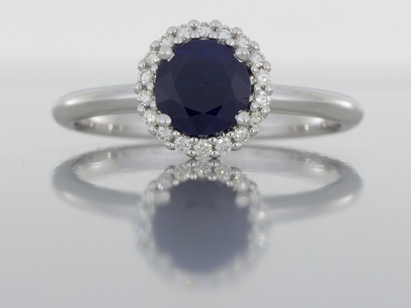 5 Reasons to Select a Bespoke Engagement Ring