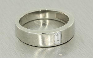 Gents Diamond Platinum Ring